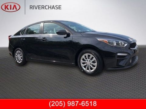 New 2019 Kia Forte FE FWD 4D Sedan